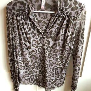 Sweet Pea animal print-like blouse